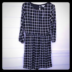 5/$20 Charming Charlie blouson dress 3/4 sleeve M